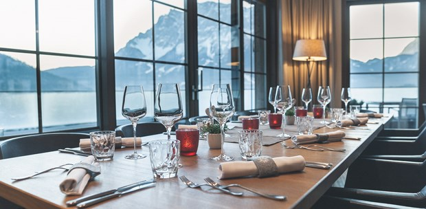 Tagungshotels - Art der Location: Meetingroom - 180° Restaurant-Konditorei